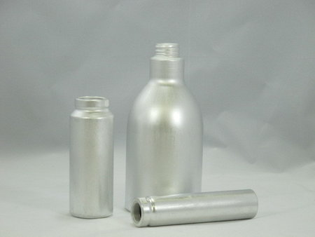 Experience aluminum - Leicht & Appel GmbH - Manufacturer of aluminium bottles and tins\\n\\n12/03/2014 15:15